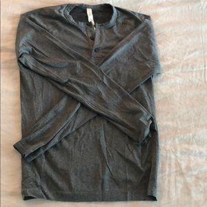 Men's Lululemon Grey Long Sleeve Tee Size S